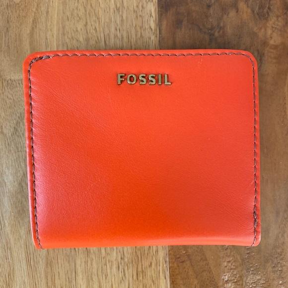 Fossil Leather Bifold Card Holder - Orange